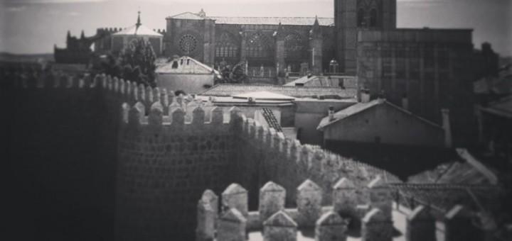 Castle in Madrid, fiction about sacrifice
