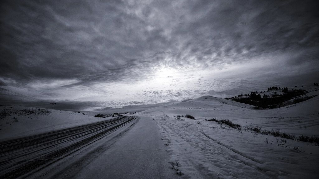 Short Winter Story, Frozen Road